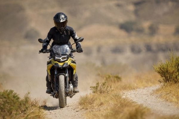 rent motorcycle bmw romania